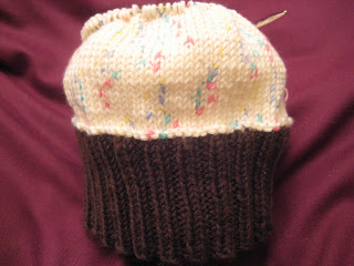 Knit Along:  Cupcake Cutie Hat from Needles 'n Pins - Day 4 1