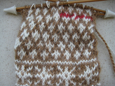 Knit Along:  Winter Wonder Mittens - Day 3 2