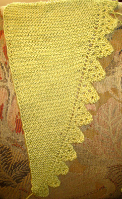 Knit Along: Pimpelliese Shawlette from Grinny Possum - Day 3 3
