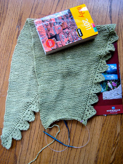 Knit Along:  Pimpelliese Shawlette from Grinny Possum - Day 5 6