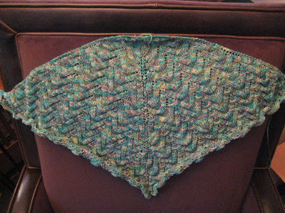 Knit Along: Schmetterling Shawl from Mia BellaDay 5 3