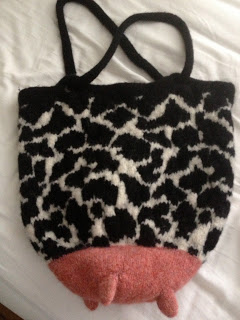 Lucy Neatby's Udderly Divine Bag from Orange Kitten Yarn - DONE! 9