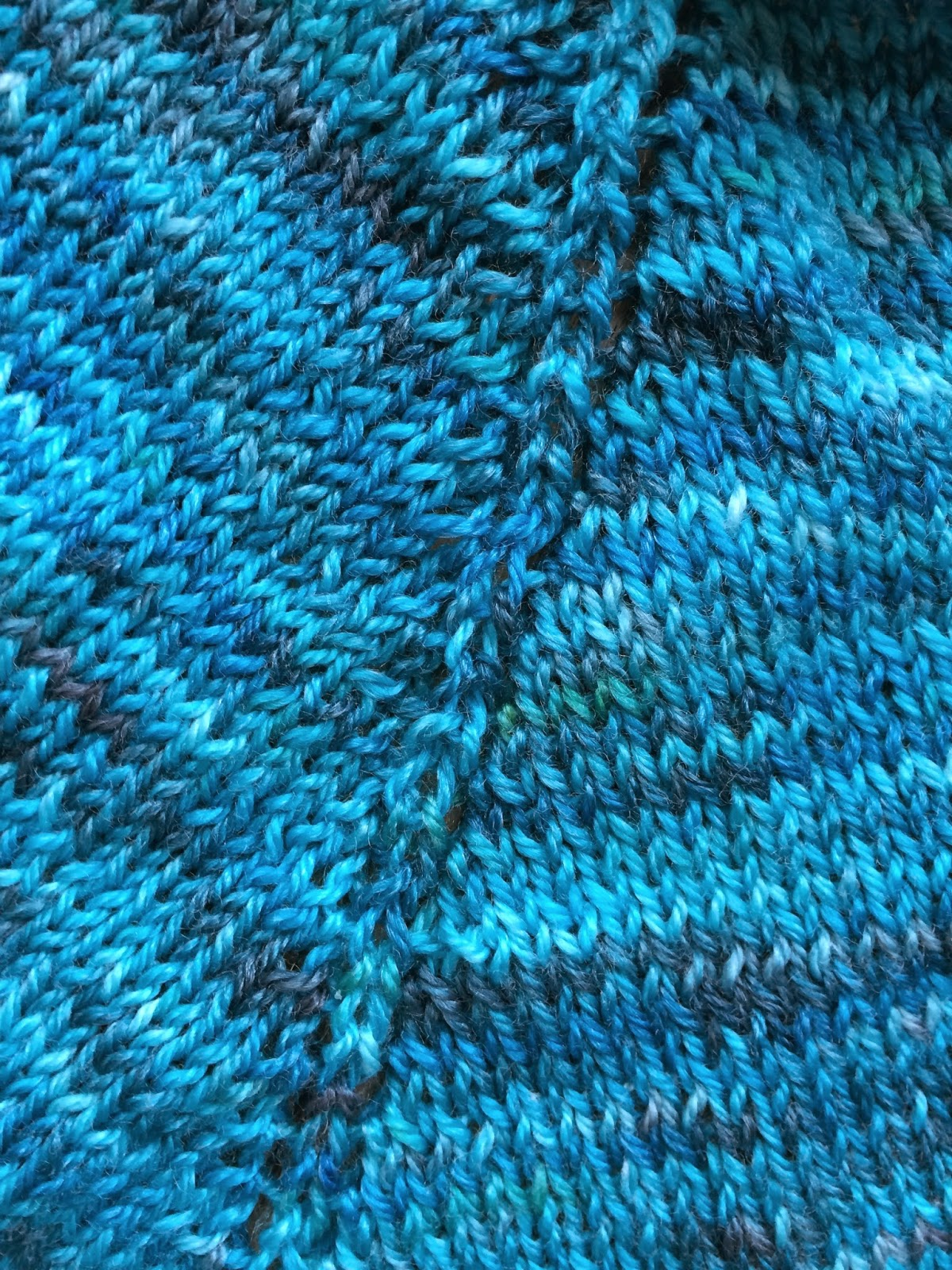 Holden Shawlette from The Artful Yarn - Day 1 9