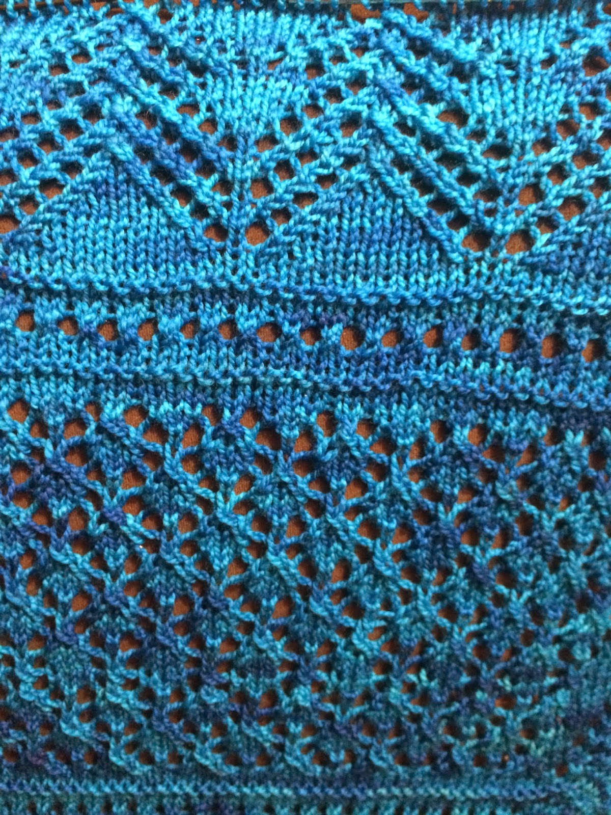 Uliuli Wai Shawl from Needlecraft Cottage - Day 5 10