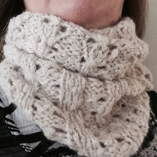 Lace Cowl from Rainbow Yarn & Fibres - Done! 1