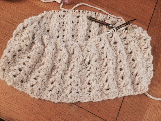 Lace Cowl from Rainbow Yarn & Fibres - Day 4 11